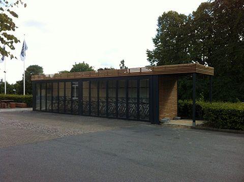 Cykelcontainer med udvendig beklædning