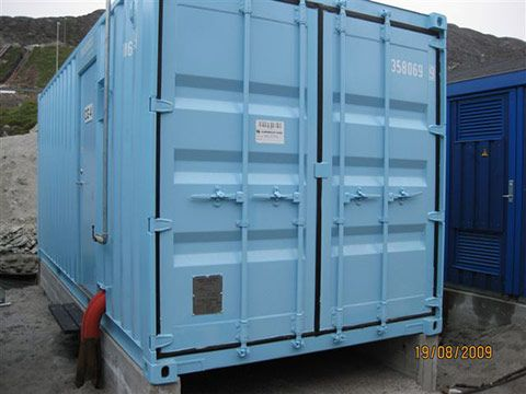 Generator container forfra