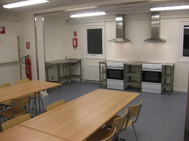 Herberg i Nuuk - opholdsrum og køkken
