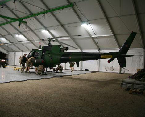 Mobil hangar til Fennec-helikoptere