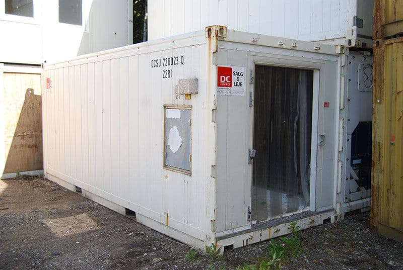 Reefer container 20 ft - Installation OK, can be delivered with new door