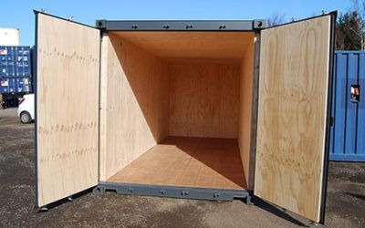 Insulated storage Containers