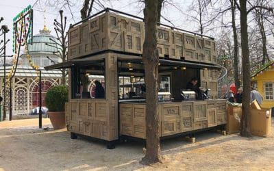 Specialbygget containerbar med tagterrasse